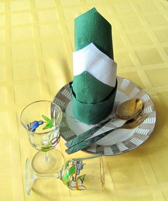 сервировка стола фото салфетки бумажные